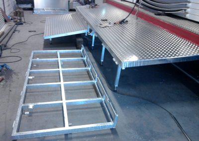 Het vervaardigen van een klapbaar vloer frame t.b.v. een reuzenrad. Afwerking thermische verzinkt en voorzien van aluminium traanplaat.